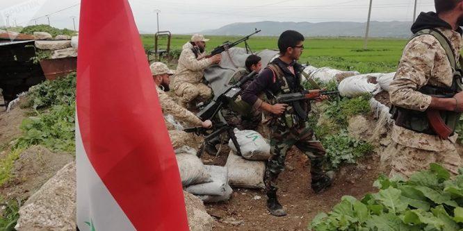 الجيش يفتح معبرا في الجيب المحاصر بريف حماة