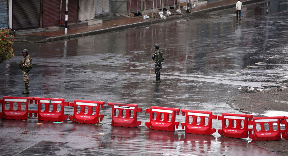 Photo of وكالة: قوات خاصة باكستانية دخلت المياه الهندية لتنفيذ هجمات من تحت الماء