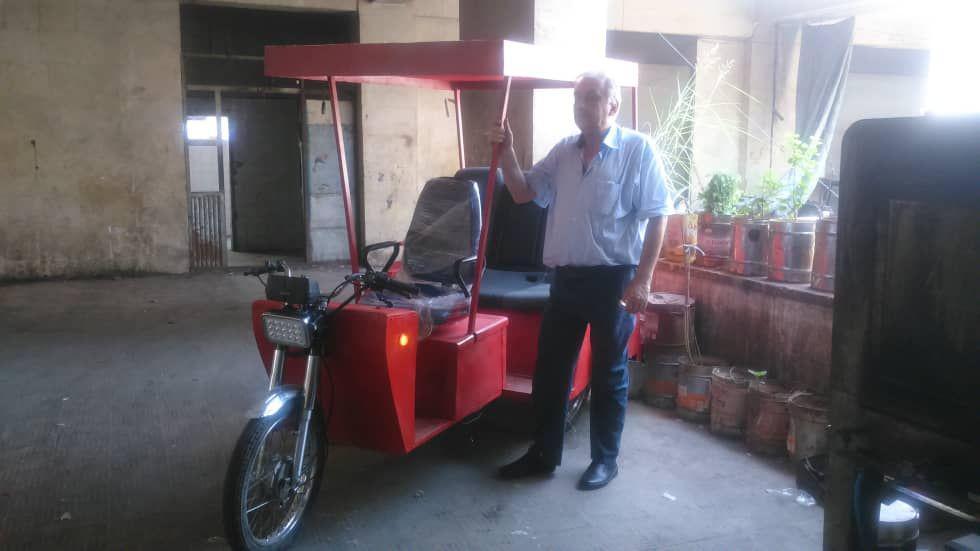 Photo of مهندس سوري يبتكر سيارة اقتصادية توفر الطاقة