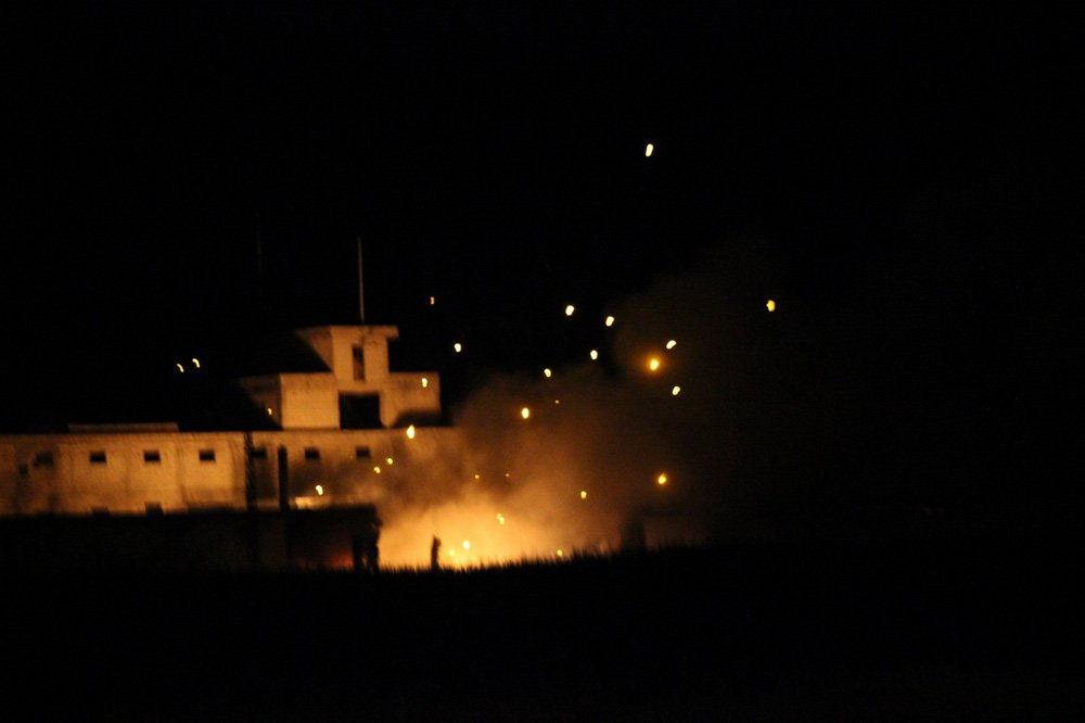 Photo of سلسلة انفجارات بمستودع ذخيرة في تركيا قرب الحدود السورية