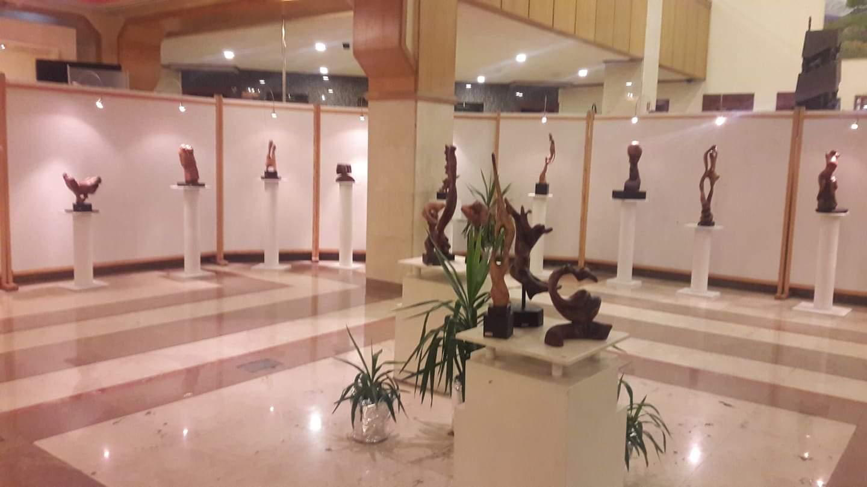 "Photo of من معرض الفنانتين الجولانيتين ""صفاء وبي  – رجاء وبي"""