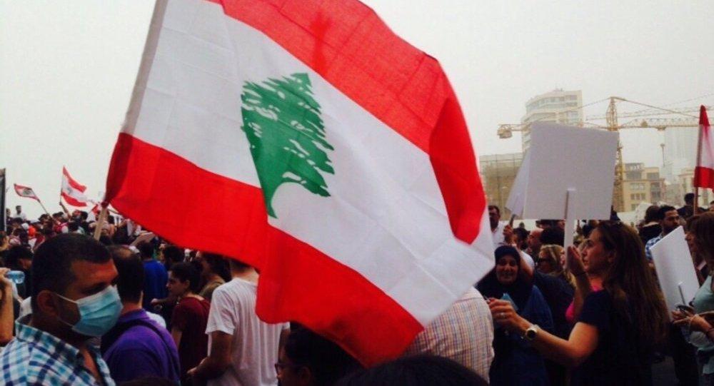 Photo of تظاهرات في لبنان رفضاً للأزمة الاقتصادية