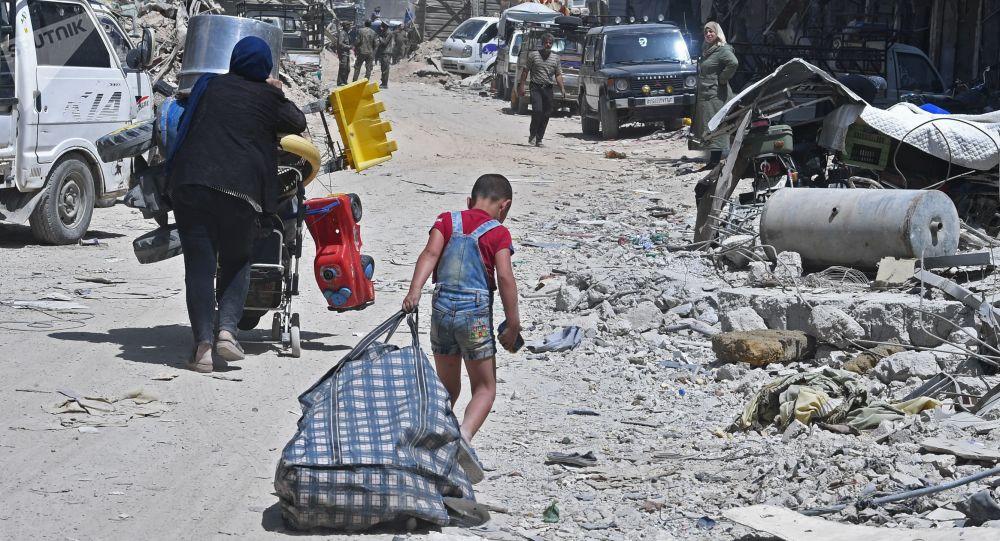 Photo of بشروط.. عودة أهالي مخيم اليرموك و التضامن إلى منازلهم