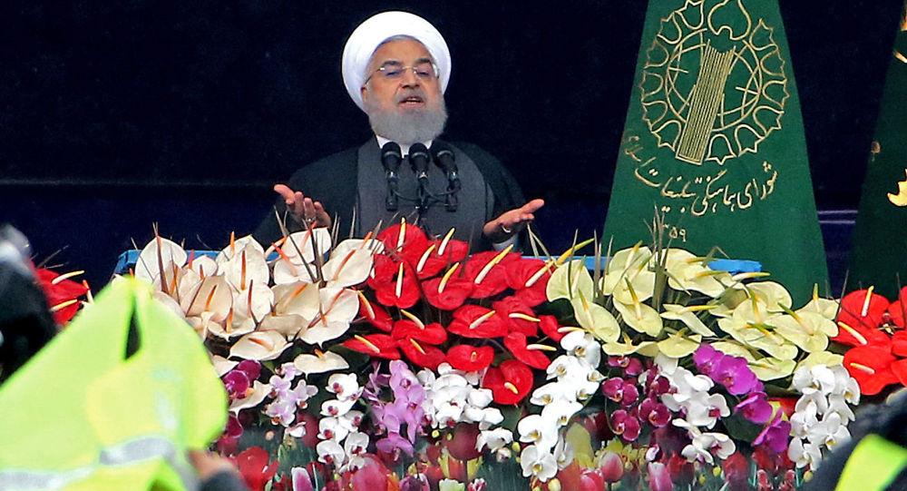 Photo of روحاني: لن نسمح لأحد بانتهاك حدودنا