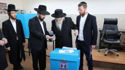 Photo of الانتخابات الإسرائيلية: نتائج غير حاسمة للتنافس بين نتنياهو وغانتس