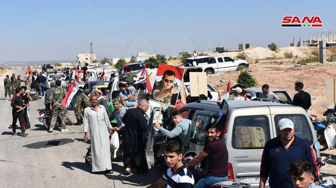 Photo of بعد التحرير.. عودة مئات العائلات لقراهم بريفي ادلب وحماة