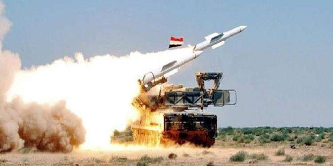 Photo of وسائط دفاعنا الجوي تدمر طائرة مسيرة معادية في منطقة عقربا جنوب دمشق