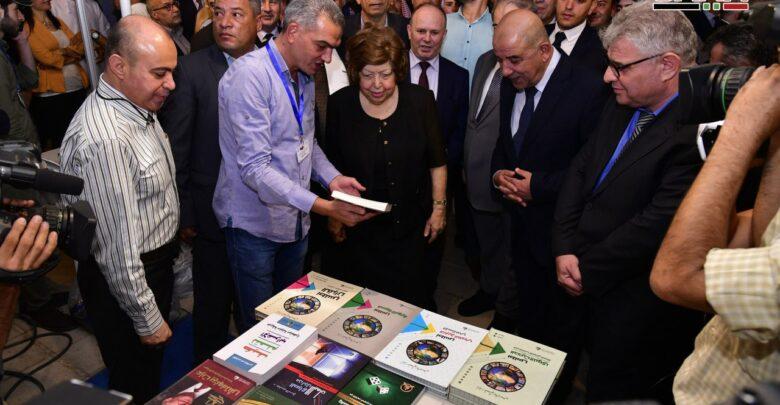 Photo of برعاية الرئيس الأسد.. الدكتورة نجاح العطار تفتتح معرض الكتاب بدمشق