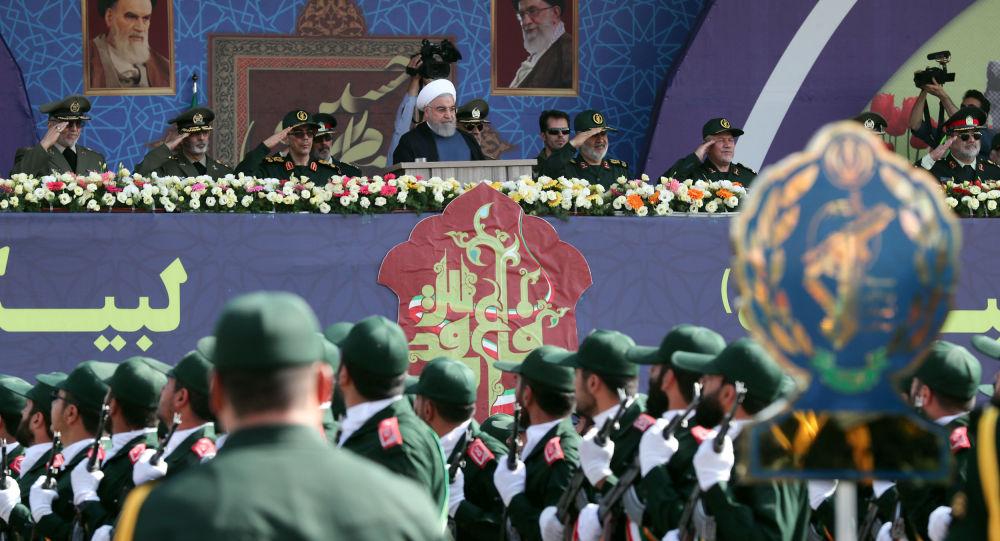Photo of روحاني يعلن موافقة إيران على المشروع الفرنسي لحل الأزمة مع أمريكا