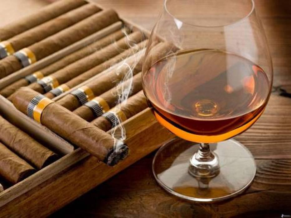 "Photo of جديد ""وزارة المالية"".. فرض رسوم على السجائر والمشروبات الكحولية!!"
