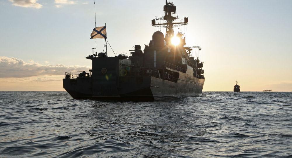 Photo of سفن أسطول بحر البلطيق تدخل ميناء طرطوس