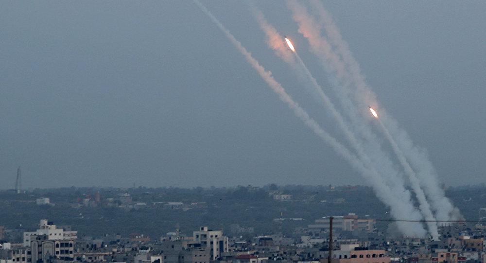 Photo of ٣٢ شهيداً فلسطينياً خلال ٤٨ ساعة بقصف اسرائيلي على غزة