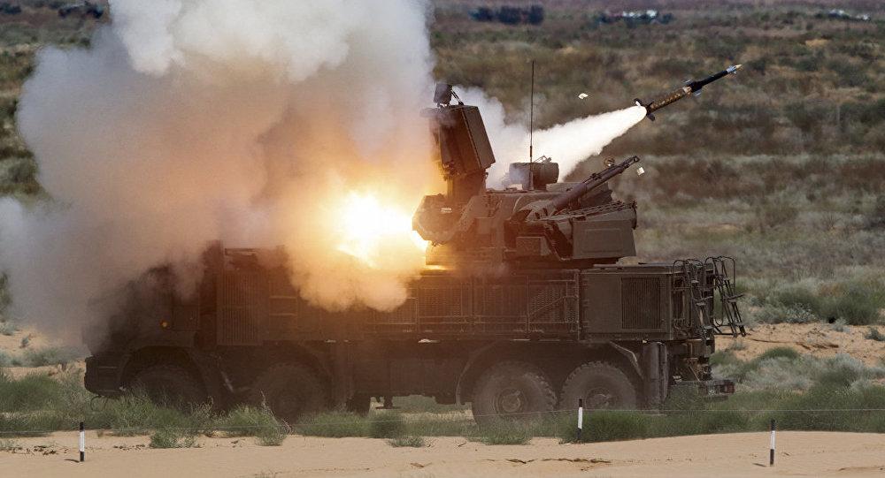 Photo of الجيش ينجح بإسقاط طائرات مسيرة على مطار حماة العسكري