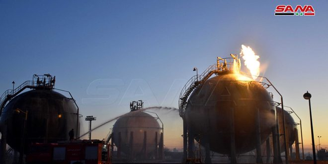 Photo of Terrorist attacks on Homs refinery and Rayan Gas station cause material damage