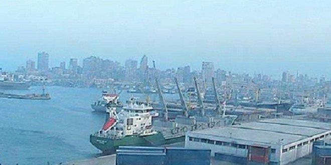 Photo of مصر تغلق عدداً من موانئها بسبب الأحوال الجوية