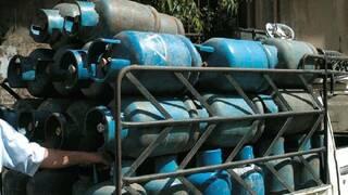 Photo of وضع الغاز سيئ منذ شهرين.. والحل؟