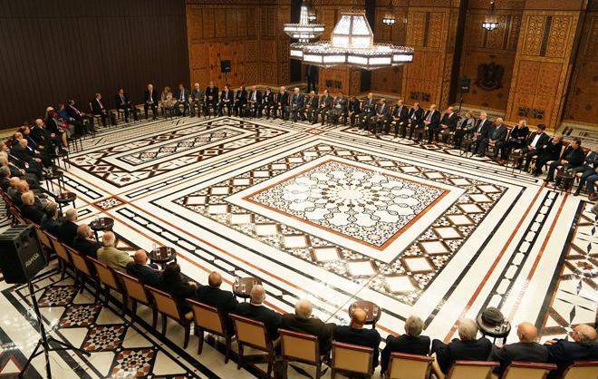 Photo of الرئيس الأسد : الاستثمار في المشاريع الثقافية هو الاستثمار الأكثر ربحاً لأنه يبني الإنسان