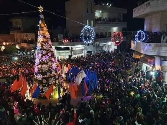 Photo of إضاءة شجر الميلاد في سوريا (صور)