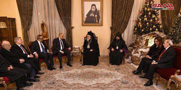 Photo of بتكليف من الرئيس الأسد… وزير الإعلام ينقل التهاني إلى رؤساء الطوائف المسيحية بعيد الميلاد المجيد