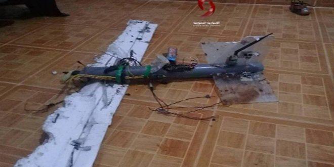 Photo of المضادات تسقط طائرة مسيرة بريف حماة