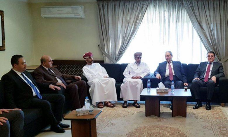 Photo of المقداد يقدم التعازي برحيل السلطان قابوس في السفارة العمانية بدمشق