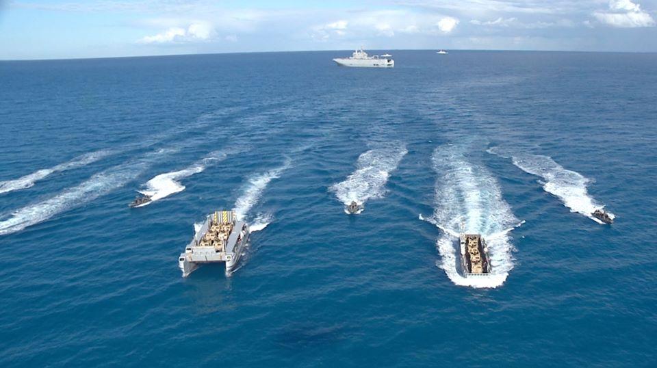 Photo of البحرية المصرية تنفذ عملية برمائية كاملة في البحر المتوسط  (صور)
