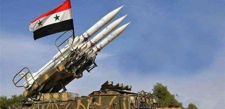 Photo of الدفاعات الجوية تتصدى لعدوان اسرائيلي على مطار الـ تي فور بحمص