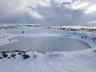 Photo of سوريا… أمطار غزيرة وثلوج على مرتفعات الجبلية