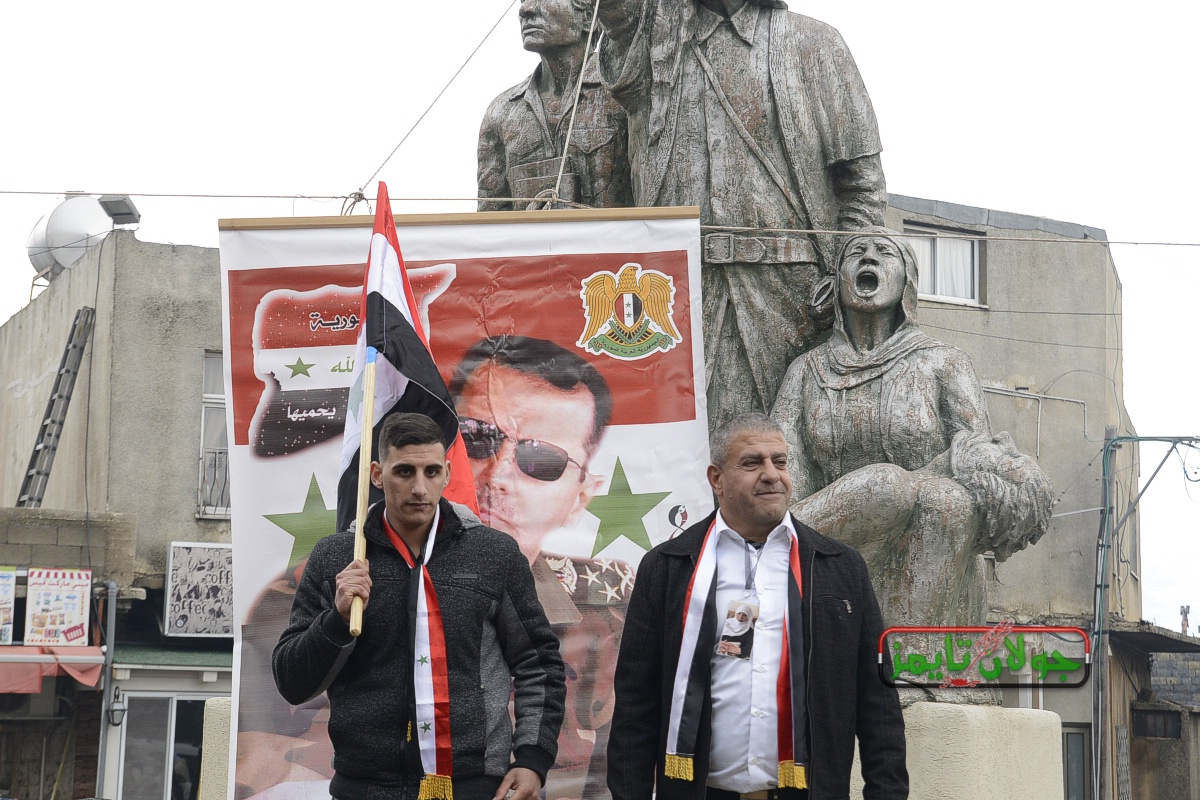 Photo of صور حصرية لجولان تايمز استقبال  الاسيران صدقي المقت وامل ابو صالح في قرى الجولان المحتل