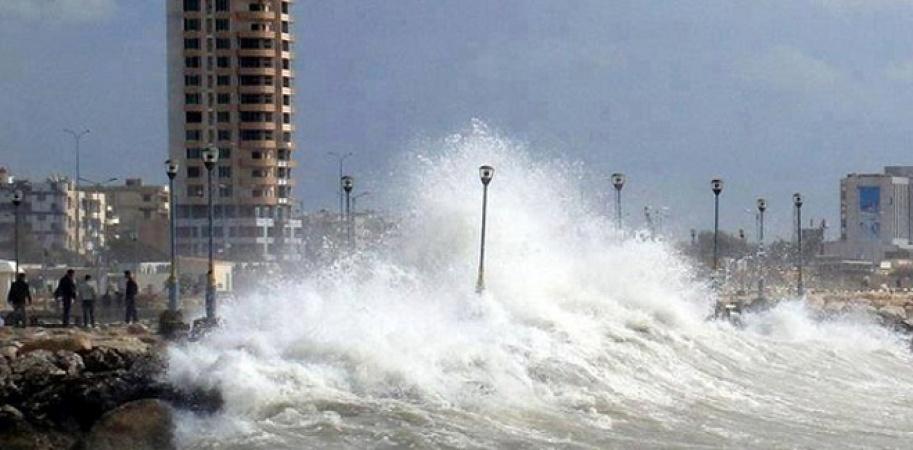 Photo of بسبب الظروف الجوية إغلاق الموانئ في اللاذقية وطرطوس