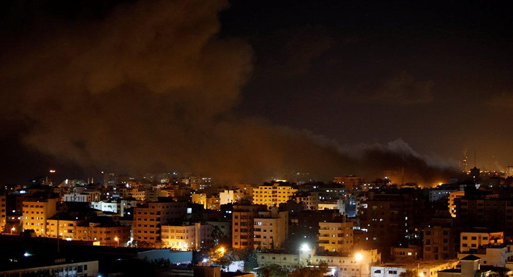 Photo of غارات اسرائيلية على موقع غربي خان يونس جنوب قطاع غزة