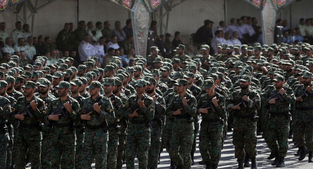 Photo of الحرس الثوري الإيراني: ضرباتنا أدت لمقتل ١٢٠  أمريكي بقاعدة عين الأسد