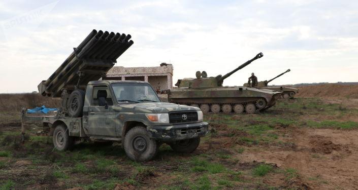 Photo of الجيش يتقدم باتجاه مطار تفتناز شمال سراقب مسيطراً على بلدة آفس وتلتها