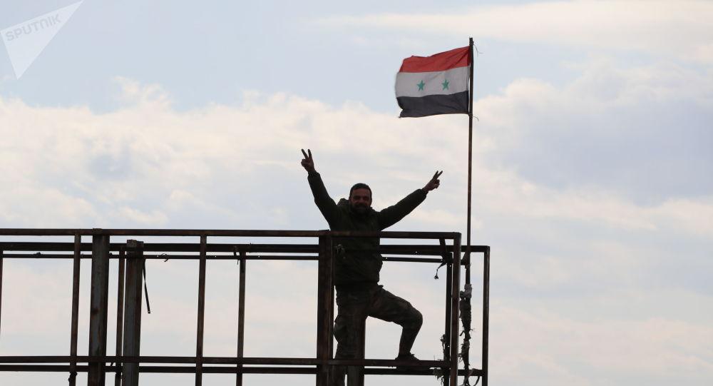 "Photo of أكبر معاقل إرهابيي النصرة ""أورم الكبرى"" بيد الجيش"