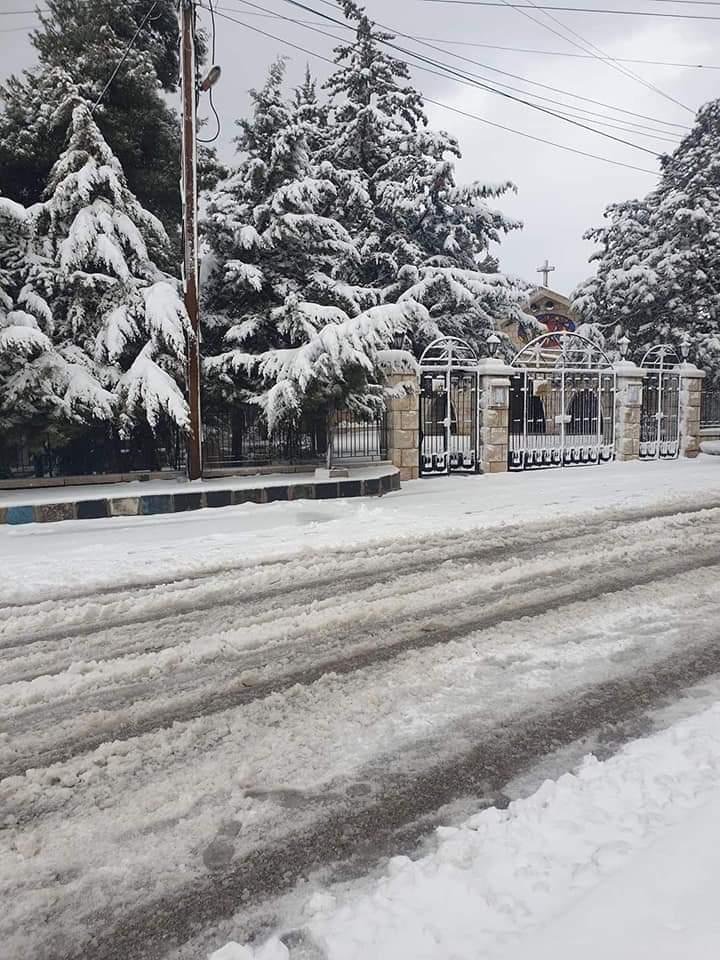 Photo of بسبب الثلوج.. إغلاق عدد من الطرق بعدة محافظات