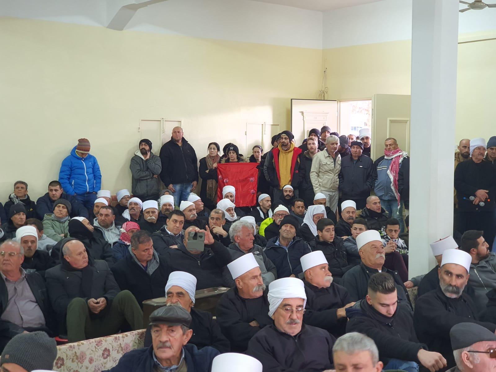 Photo of إضراب عام في الجولان السوري المحتل غداً رداً على قرار الحكومة الصهيونية بإقامة توربنات الهواء على أراضيه