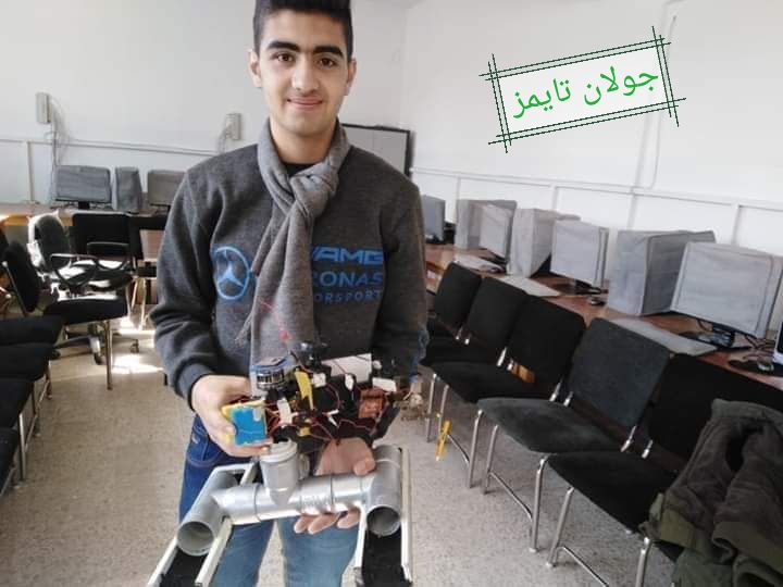 Photo of الطالب كريم الجمال يصمم ذراع آلي يستطيع كتابة الأرقام و الرسم الهندسي
