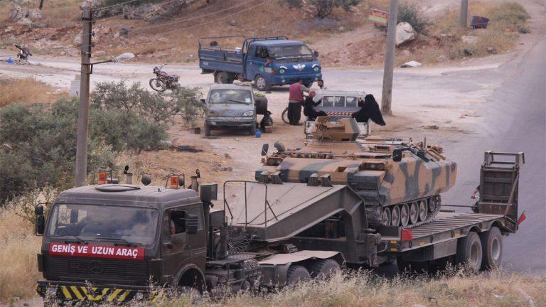 Photo of الاحتلال التركي يسحب آلياته الثقيلة من نقاط المراقبة في إدلب