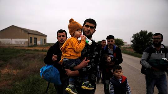 "Photo of ابتزاز تركي.. ""الاتفاق مع روسيا لا يقضي بتغيير موقفنا إزاء قضية اللاجئين"""