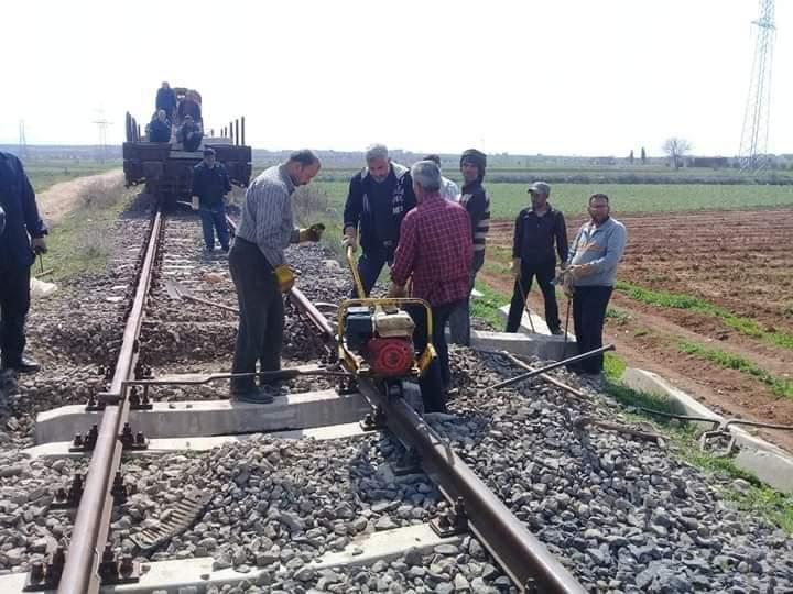 """Photo of سكة قطار""""دمشق – حلب"""" قيد الصيانة"""