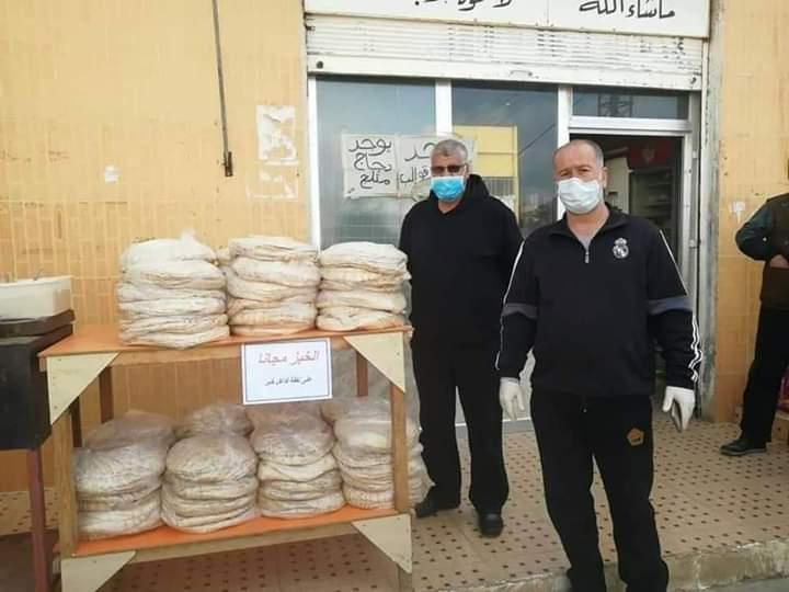 Photo of توزيع الخبز بالمجان على البيوت في درعا