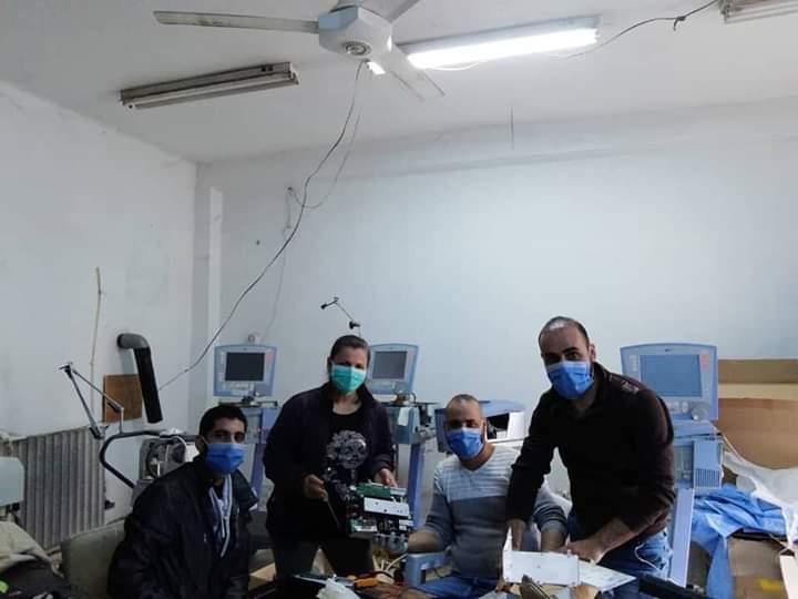 Photo of تصليح و إعادة تأهيل مجموعة من أجهزة التنفس الصناعي في المشفى الوطني بالسويداء