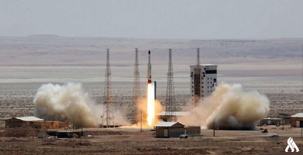 Photo of إيران تعلن إطلاق أول قمر صناعي عسكري بنجاح
