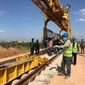 """النقل تتابع مشروع """"انشاء الخط الحديدي"""" بحمص"""