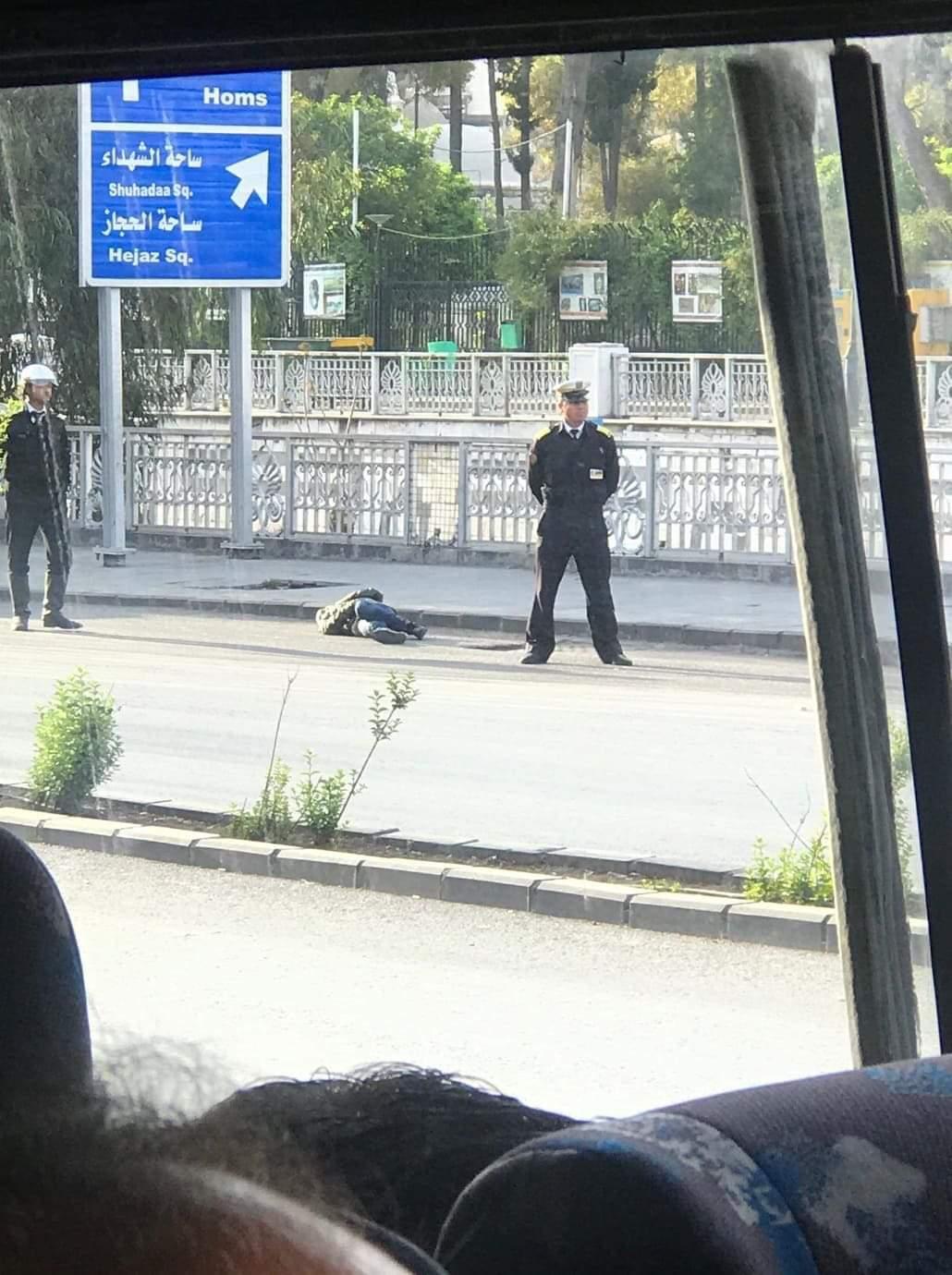Photo of حقيقية ما حصل مع الفتاة التي فقدت وعيها وسقطت في أحد شوارع مدينة دمشق.