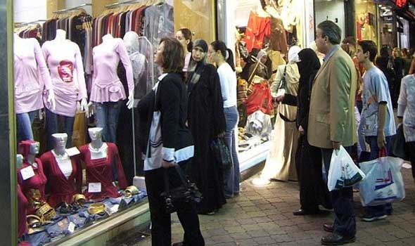 Photo of أسعار الألبسة ترتفع ٥٠ بالمئة