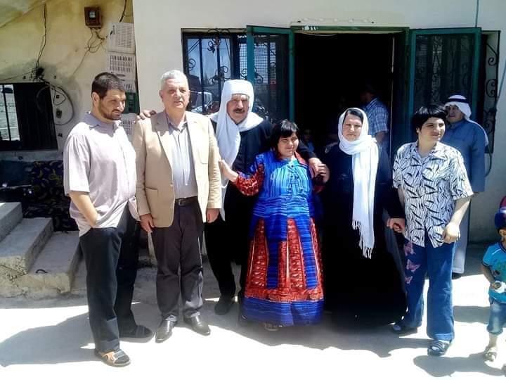 Photo of محافظ السويداء يزور أسرة الشيخ نهاد ابو اسماعيل والد لثلاث من ذوي الاحتياجات الخاصة