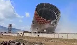 Photo of بالفيديو- مجموعة إرهابية مدعومة من تركيا تدمر وتفكك محطة زيزون الحرارية بريف حماة.