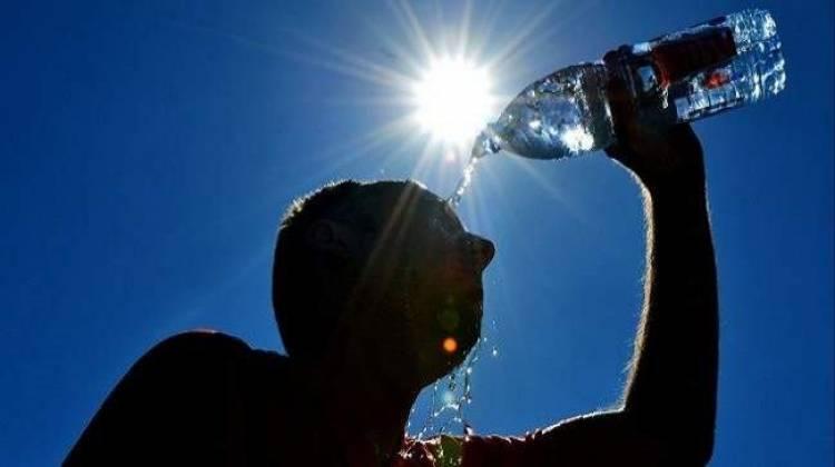Photo of موجة حر تبدأ تأثيرها على سوريا .. والحرارة ستلامس 40 درجة