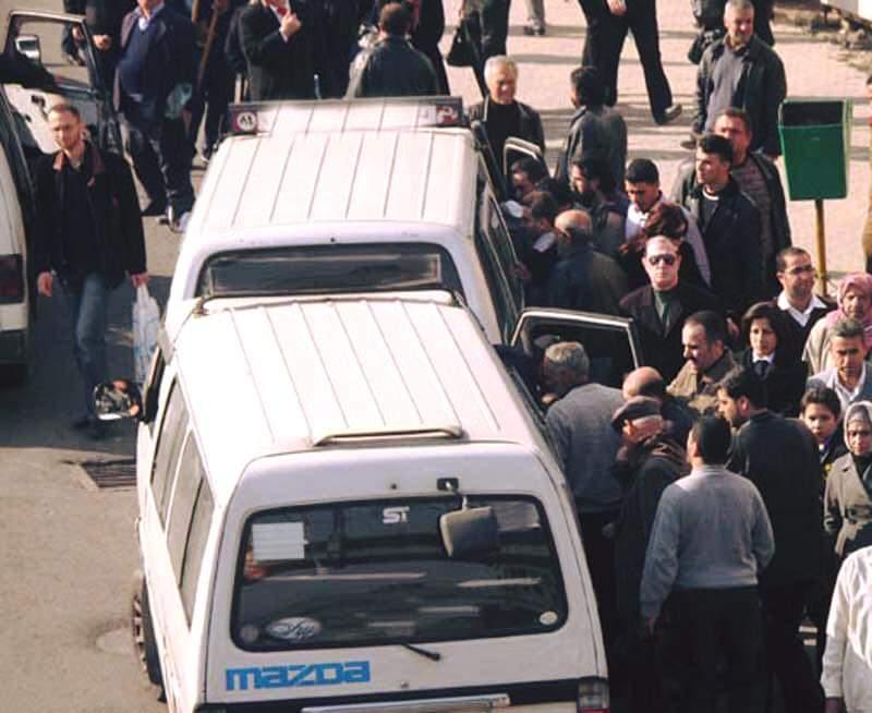 Photo of جرمانا.. إضراب لباصات السرفيس ورفع اجرة التكسي ضمن جرمانا